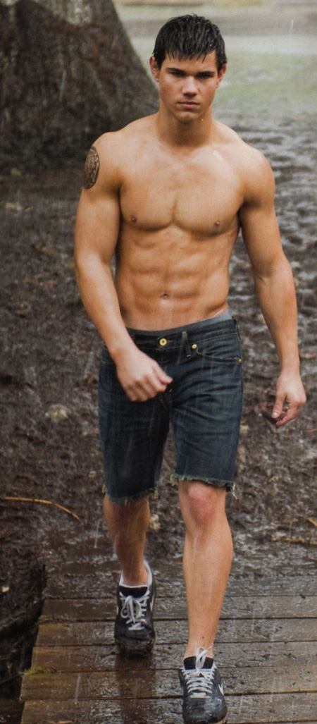 Taylor Lautner without a shirt