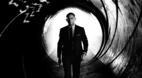 'Skyfall': Daniel Craig's James Bond Goes Classic in New Poster