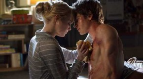 Two New 'Amazing Spider-Man' Clips: Gwen & Peter Get Intimate
